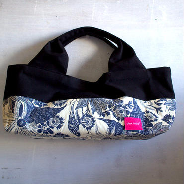 柄は画像通り!boat shape tote bag / paradise blue