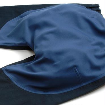 ■お持ちのズボンのお尻部分を1枚布にリフォーム■