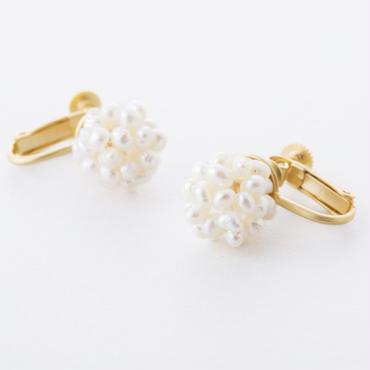 淡水パールフラワーボールイヤリング  /   Freshwater pearl flower ball Earring