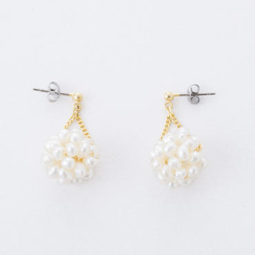 淡水パールフラワーボールピアス /  Freshwater pearl flower ball Pierce