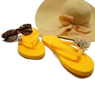 Yellow Beach Style