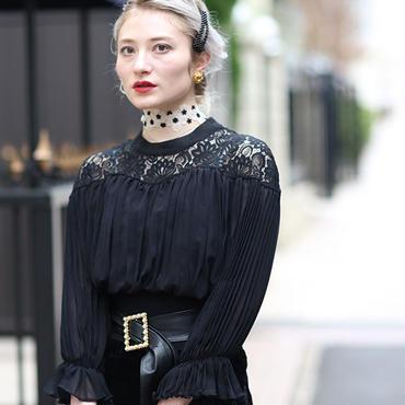 【pour Mademoiselle】デコルテフラワーシースループルオーバー ホワイト/ブラック