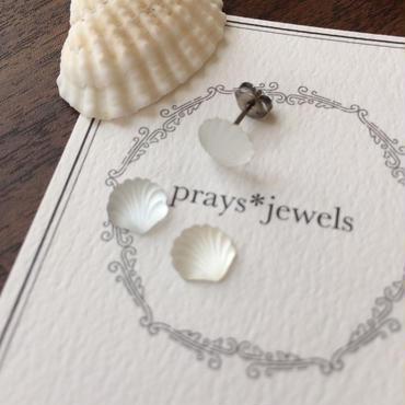 【片耳用ピアス】vintage seashell