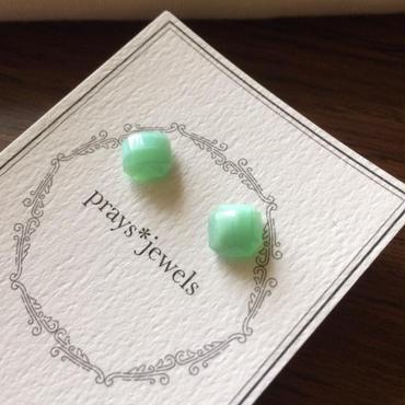 vintage glass magnet pierced・earringsノンホールピアス
