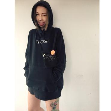 ピグメントダイ パーカー◎パxセxリ ロゴ刺繍ワッペン//ヴィンテージブラック