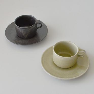 たくまポタリー カップ&ソーサー こげ茶・オリーブ