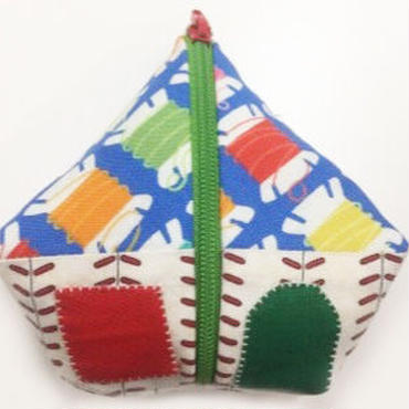 ハウスの三角ポーチPurse