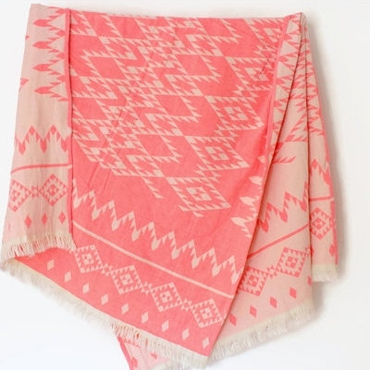 W face Cotton Stole : Navajo White × CoralPink
