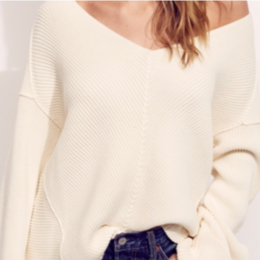 Over Size V neck Sweater / Off White