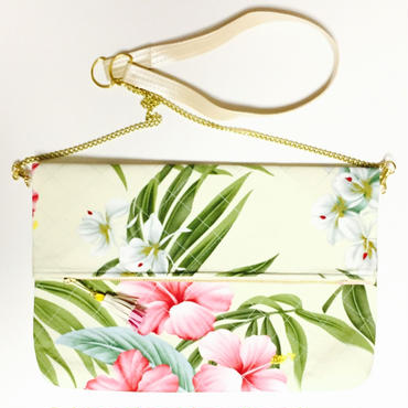 Tropical Hibiscus Chain Quilting Clutch