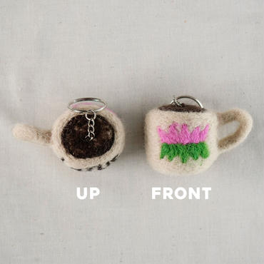 COFFEE CUP FELT KEY HOLDER