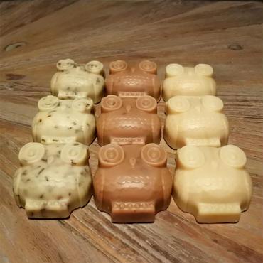 ヤギのミルク石鹸(フクロウ)