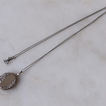 【 V I A 】Rocket Pendant Necklace#2