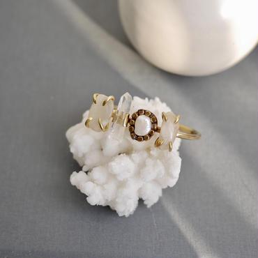 「Moonstone×Crystal×Freshwater peal×Moonstone」Gemstones bangle