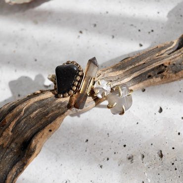 「Obsidian×Smoky quartz×Fresh water pearl」Gemstones bangle