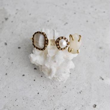 「Moonstone×Crystal×Fresh water pearl×Moonstone」Gemstones bangle