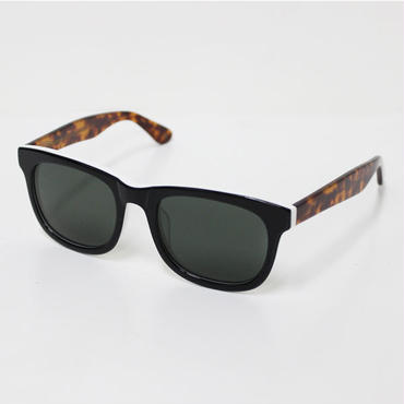 "Han Kjøbenhavn(ハンコペンハーゲン)""WOLFGANG sunglass(GREEN)""CHESS/AMBER"