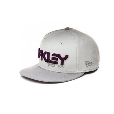 OAKLEY(オークリー) 75 SNAP BACK NEW ERA HAT (NEW ERA 9FIFTY ニューエラ) GREYスナップバック CAP