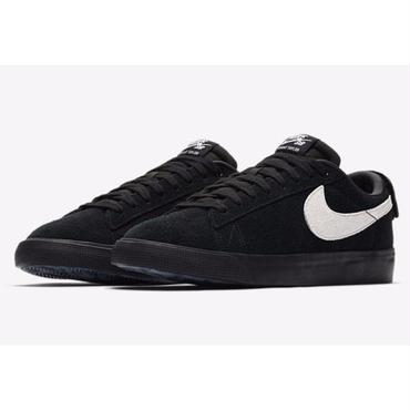 NIKE SB BLAZER ZOOM LOW GT-Black/White/Black