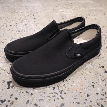 VANS SLIP ON - BLACK/BLACK