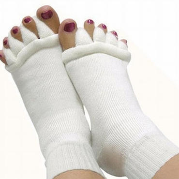足指開き5本指ソックス やさしく足指を開き血行不良を即解消!