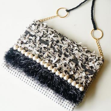 手織りのオリジナル生地で作った、ショルダー&クラッチ2wayバッグ(モノトーン)