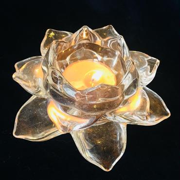 心を静める「蓮のキャンドルホルダー」