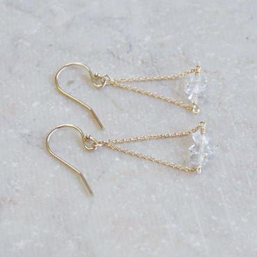 ハーキマーダイヤモンドトライアングルピアス