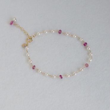 本真珠3㎜玉&ピンクトルマリンボタンカットブレスレット