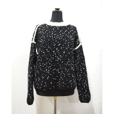 Pom Poms mock knit < BLACK × WHITE dots >