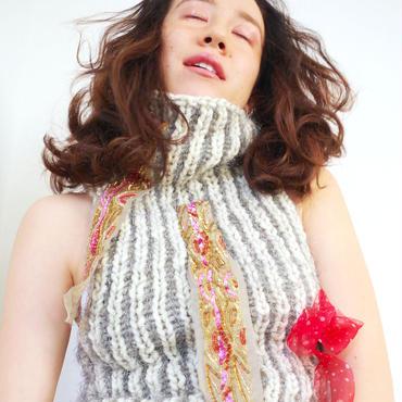 spangle sleeveless knit