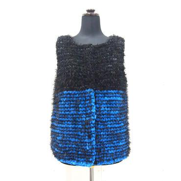 Short fur jilet < BLACK × BLUE >
