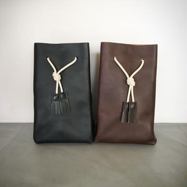 『TEMBEA/GAME POUCH SHRINK LEATHER』