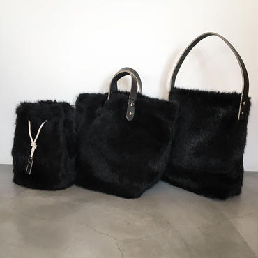 『GAME POUCH FUR/TEMBEA』