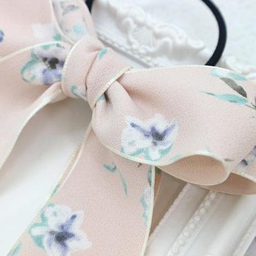 軽やかにゆれる淡いピンク+花柄のダブルリボンヘアゴムh157