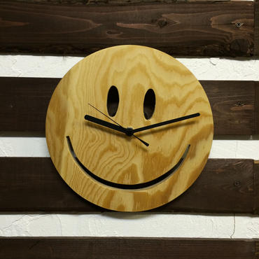 SMILE WOOD CLOCK