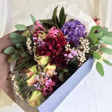 お花の贈り物 花束 ¥10,800送料無料(日にち指定をお願いします)