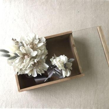 【布花】アネモネとマーガレットの布花ブーケ BOX入り ¥48,600送料無料