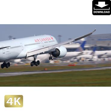 2031120 ■ 成田空港 着陸