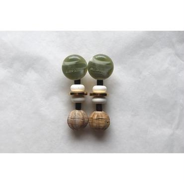 beads___assembly  26   pierced earrings