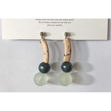 beads___assembly 12 pierced earrings