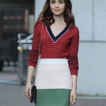 [セットアップ]♪レッドチェック Vネックニットトップ&グリーンピンクスカート(1color)(S,M,L,XL)♪