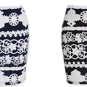 [ボトムス スカート]♪フラワー パターン スカート ブラック・ネイビー(フリー)♪