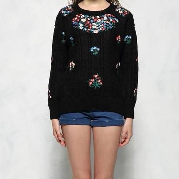 [セーター 長袖]♪花刺繍 セーター ホワイト・ブラック(フリー)♪