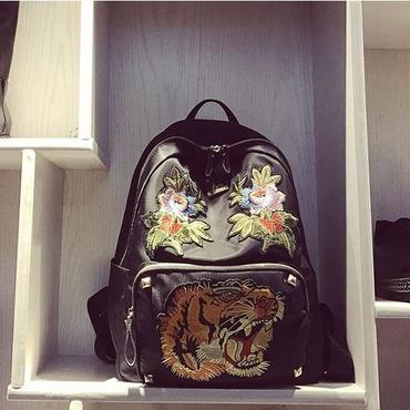 [バッグ]♪虎の刺繍 バッグパック(1color)♪