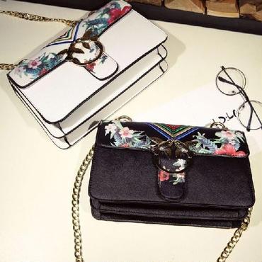 [バッグ]♪虹刺繍 花柄 ショルダーバッグ(2color)♪