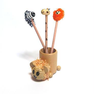 【入園祝いにおすすめ!】えんぴつ立てライオンとミニ人形えんぴつ3本セット