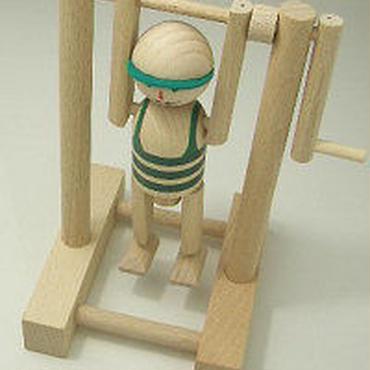 MIK  鉄棒選手 緑