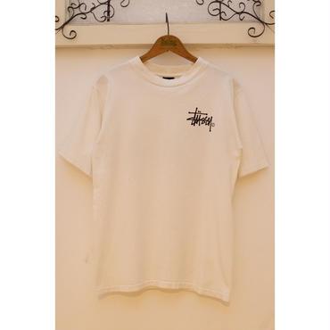 STUSSY 90'S ロゴプリントTシャツ <WHITE>
