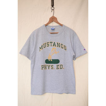 "Champion 90'S ""MUSTANGS PHYS.ED."" Tシャツ"